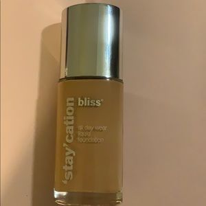 Bliss Makeup - 💋Bliss 'stay'cation Foundation💋